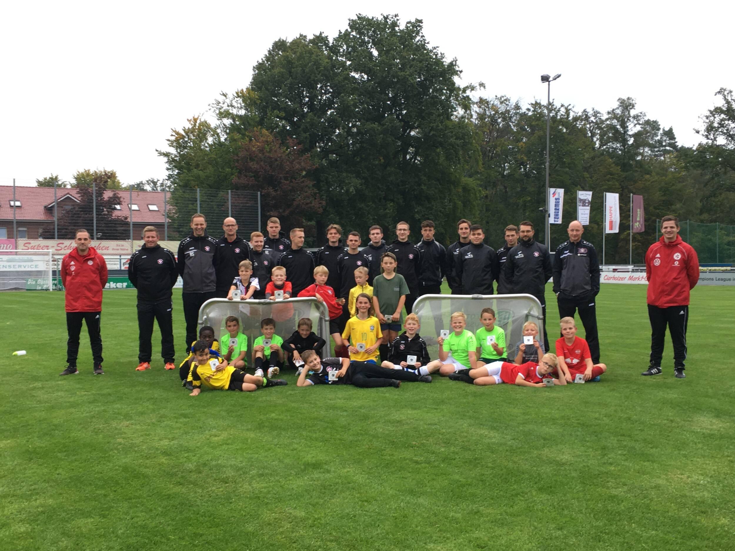 Fußball<br>Das DFB-Mobil zu Gast bei Victoria Clarholz